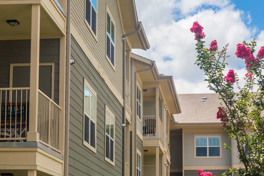 Exterior view of The Villages at Ben White with private balconies